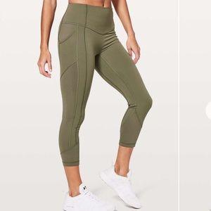 Lululemon artp crop pants sz 8